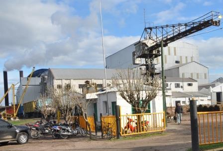 Las Toscas: Los hermanos Del Fabro y una Asociación de trabajadores se quedaron con el Ingenio.