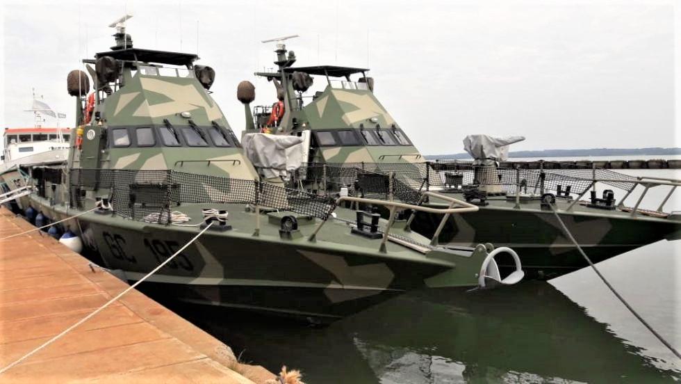 Cuestionan el armamento que equipa a las lanchas que patrullarán los ríos Paraná y Paraguay.